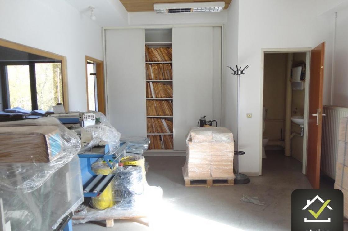 location bureaux luxembourg hamm 3 700 euros abrigo. Black Bedroom Furniture Sets. Home Design Ideas